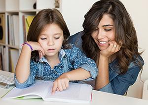Studentin mit Kind